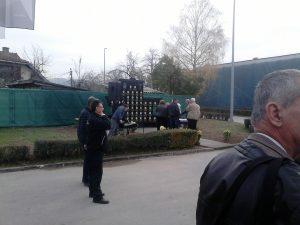 У Братунцу откривен споменик погинулим радницима Техничког ремонта и Каолина