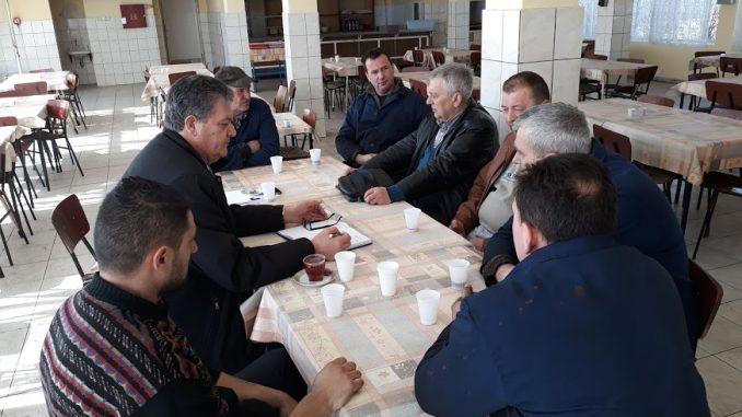 """Штрајк упозорења у """" Метал """" а.д. Градишка"""