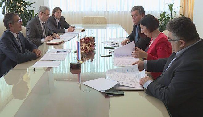 Održana sjednica Implementacionog odbora Vlade Republike Srpske i Saveza sindikata Republike Srpske ( Foto RTRS )