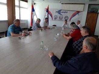 """Састанак синдикалног одбора """"КОСМОС"""" Бањалука са директором предузећа"""
