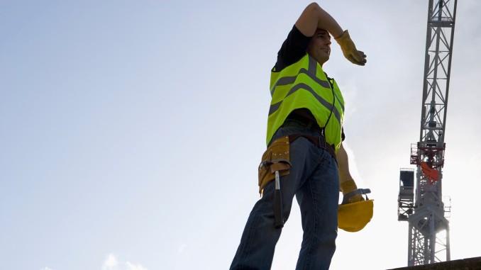 Апел послодавцима за прерасподјелу радног времена током предстојећих врућина