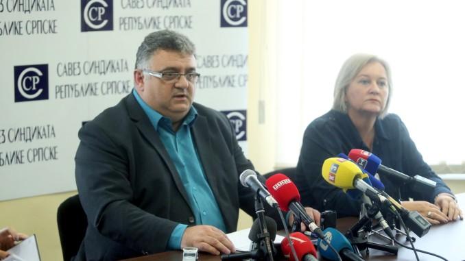 Dragan Gnjatić: povećati plate u obrazovanju, nauci i kulturi i izjednačiti koeficijente sa ostalim korisnicima budžeta