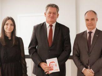 Tane Peulić dobio zahvalnicu švedskog Olof Palme centra