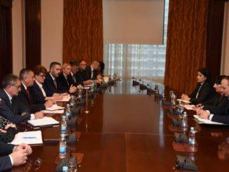 Na sastanku u Vladi razgovarano o povećanju plata, Zakonu o radu i socijalnom dijalogu u RS