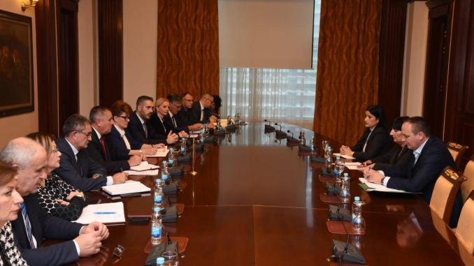 На састанку у Влади разговарано о повећању плата, Закону о раду и социјалном дијалогу у РС