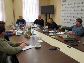 Александар Томић: влада да учини кораке ка одређивању најниже плате