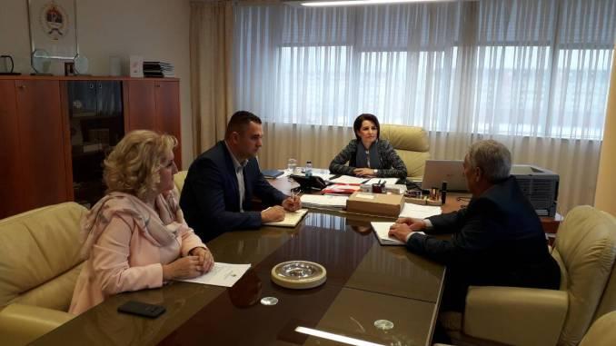Горан Савановић разговарао са представницима Министарства трговине и туризма о нерадној недјељи