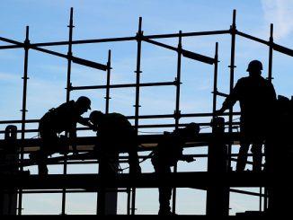 Два милиона распоређених радника напокон примају једнаку плату