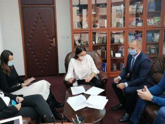 """Potpisan kolektivni ugovor u """"Zavodu za udžbenike i nastavna sredstva""""a.d. Istočno Novo Sarajevo"""