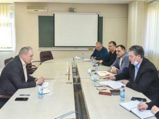 """Sastanak Sindikalnog odbora sindikalne organizacije sa predsjednikom UO """"ALUMINE"""""""